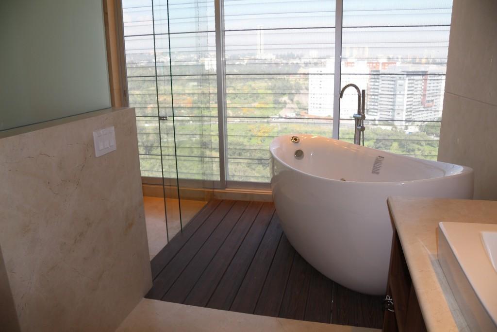 Vloer van een landelijke badkamer