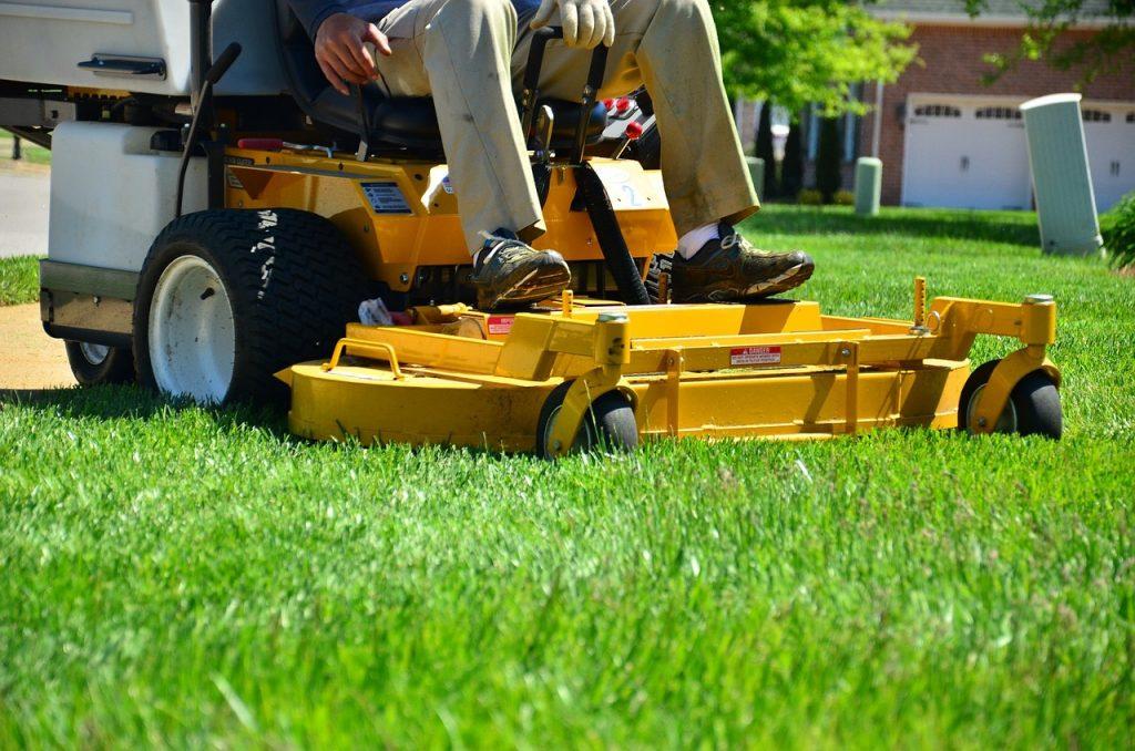 Het gras dient onderhouden te worden