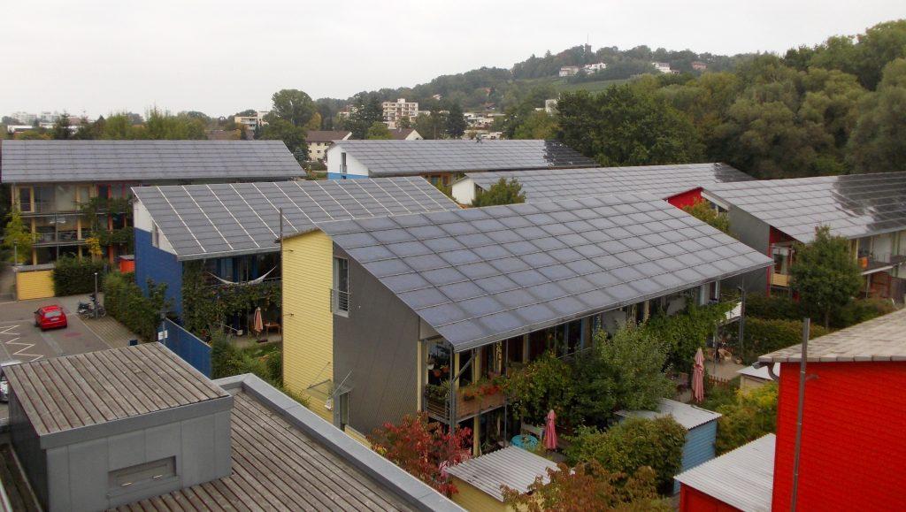 Zonnecellen om energie op te wekken.