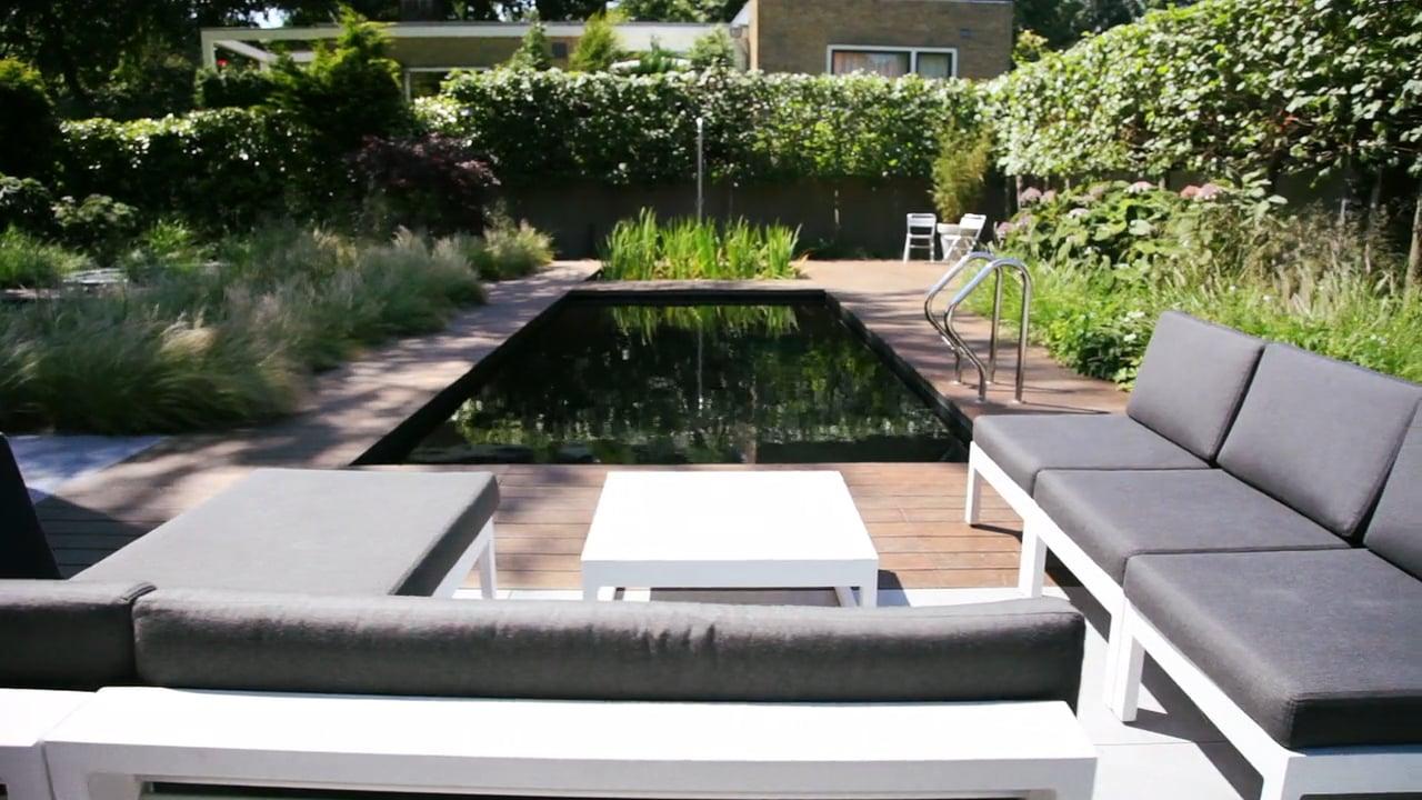 Moderne tuin zomerklaar