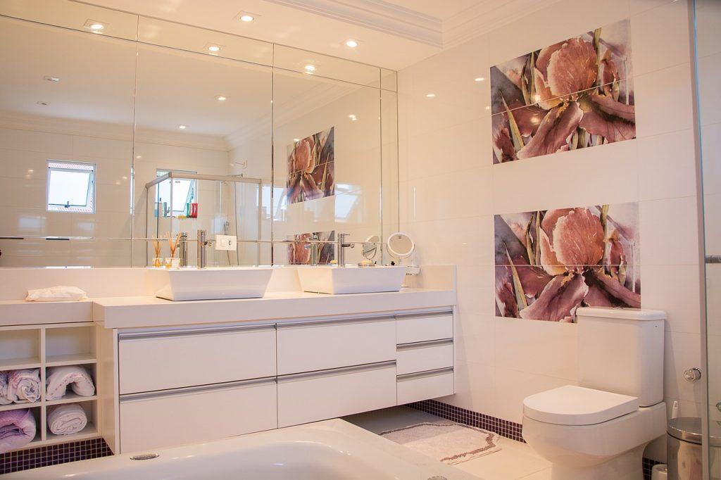 Steeds meer ouderen hebben thuishulp nodig. Daarom zijn aanpassingen noodzakelijk. Denk ook aan de badkamer.