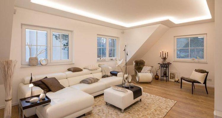 woonkamer spanplafond uitgelicht